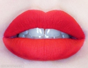 27017-Perfect-Red-Lips